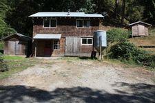 875 Oeschger Rd, Ferndale, CA 95536