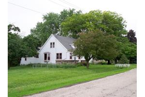 N9163 E Horseshoe Rd, Watertown, WI 53094