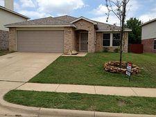 5360 Royal Birkdale Dr, Fort Worth, TX 76135