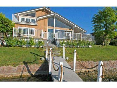 3915 Freshwind Cir, Westlake Village, CA