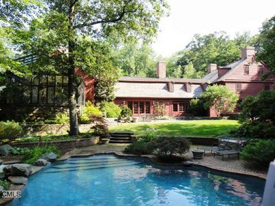 769 Hollow Tree Ridge Rd, Darien, CT