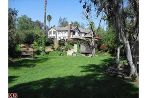 1515 Muirfield Rd, Riverside, CA 92506