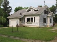 1101 Broad St, Plymouth, IA 50464
