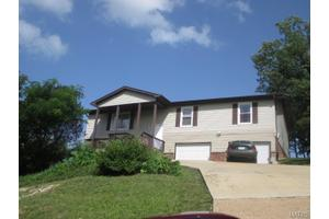 3312 Walnut Ridge Dr, High Ridge, MO 63049