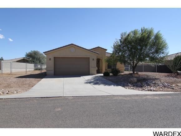7108 E Stoneaxe Dr, Kingman, AZ 86401  Home For Sale and Real Estate Listing  realtor.com®