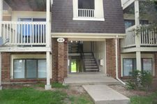 414 Gregory Ave Apt 2C, Glendale Heights, IL 60139
