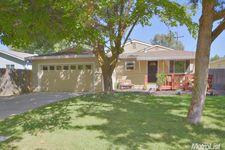 1715 Chapman Pl, Davis, CA 95618