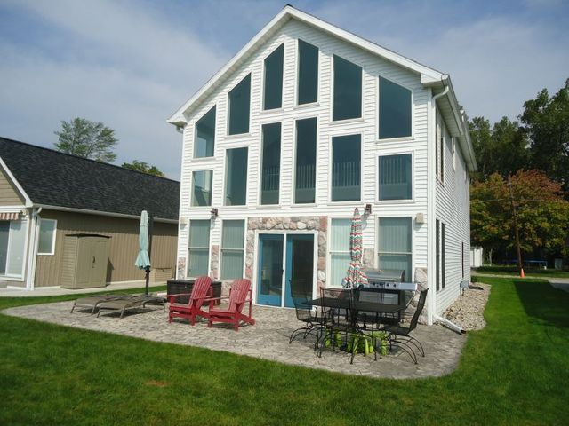 8045 portage rd s jackson mi 49201 home for sale and