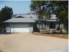 32 Quail Run Dr, Holiday Island, AR 72631