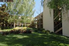 1501 Ptarmigan Dr Apt 2B, Walnut Creek, CA 94595