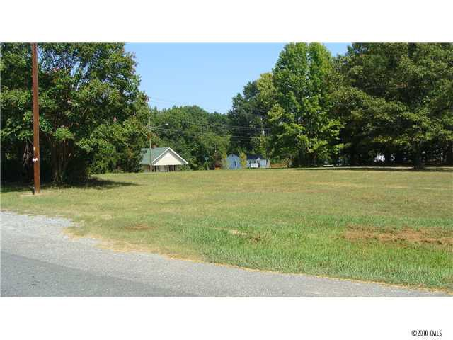 Southwood Dr, Gastonia, NC 28056