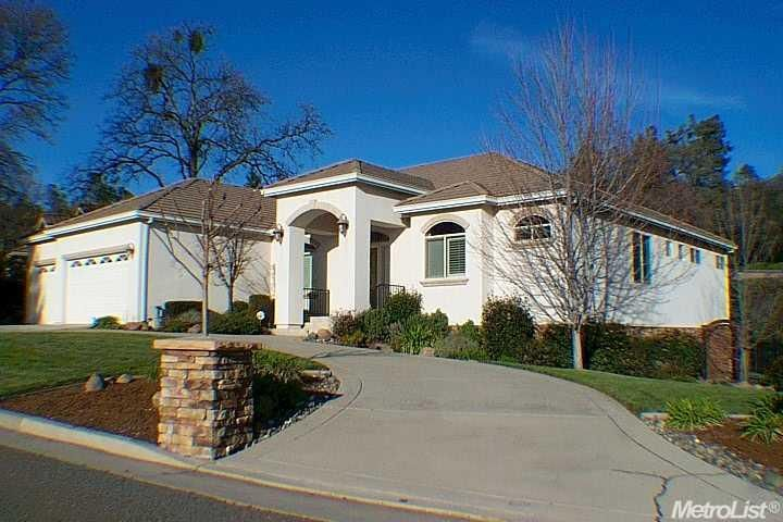 920 Fawn Creek Trl Auburn, CA 95603