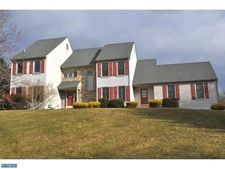 801 Wagonwheel Ln, West Chester, PA 19380