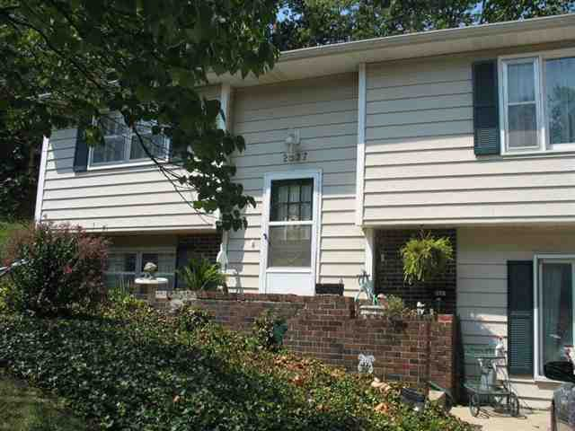 Attractive 2537 Cedarwood Ave, Lawrence, KS 66046