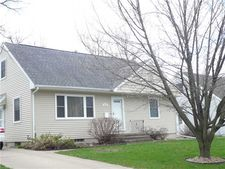 1019 32nd St Ne, Cedar Rapids, IA 52402