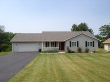 1312 W Indian Heights Dr, Oregon, IL 61061
