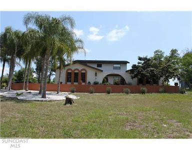 7804 Tanglewood Dr, New Port Richey, FL