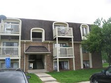 1866 Somerset Dr Apt 3D, Glendale Heights, IL 60139
