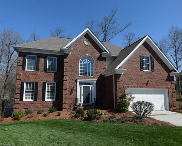 6 hart ridge ct greensboro nc 27407 home for sale and real estate listing for Exterior painting greensboro nc