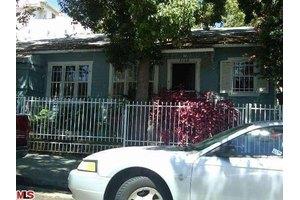 1568 Gordon St, Los Angeles, CA 90028
