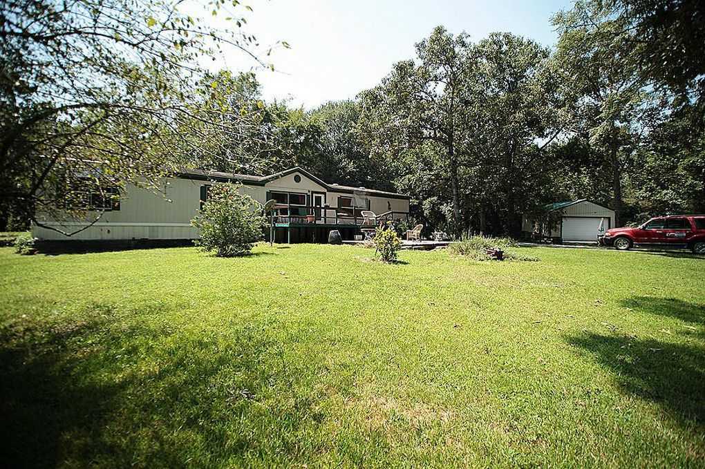186 Woodway Dr Magnolia, TX 77355