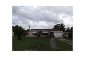 790 NW 146th St, Miami, FL 33168