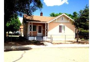 813 Roitz Ave, Pueblo, CO 81006