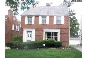 17309 Scottsdale Blvd, Shaker Heights, OH 44120