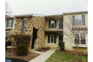 258 Valley Stream Ln Unit 2nd Fl, Chesterbrook, PA 19087