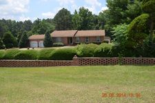 163 Broad Acres Rd, Bishopville, SC 29010