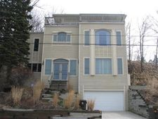 703 E Lake Front Dr, Beverly Shores, IN 46301