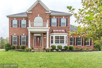 21934 Colonial Hills Dr, Ashburn, VA 20148