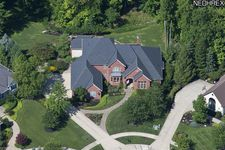 6625 Crossbow Ct, North Royalton, OH 44133