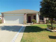 1305 Eagles Nest Trl, Krum, TX 76249
