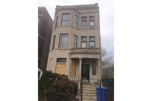 4727 S Saint Lawrence Ave, Chicago, IL 60615