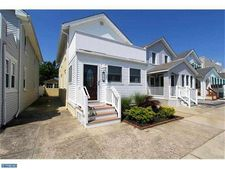 214 N Vendome Ave, Margate City, NJ 08402
