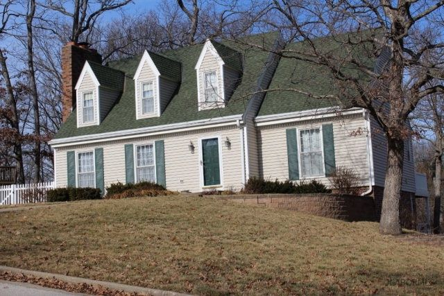 3020 lakewood ct jefferson city mo 65109 home for sale for Hardwood floors jefferson city mo