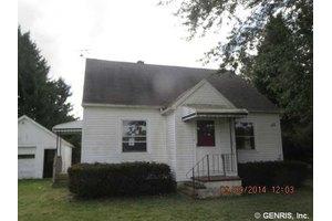 4062 Browns Mill Rd, Alexander, NY 14005