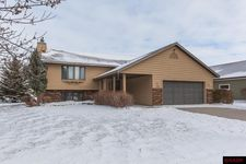 1726 Orchid Dr N, North Mankato, MN 56003