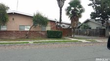 6060 N Poplar Ave, Fresno, CA 93704