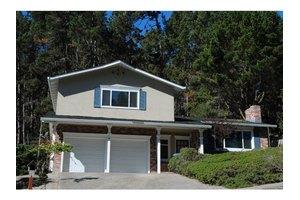 24 Pinehill Way, Monterey, CA 93940
