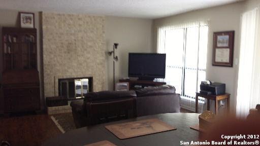 11843 Braesview Apt 112 San Antonio, TX 78213