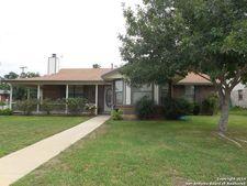 923 Taylor St, Pleasanton, TX 78064