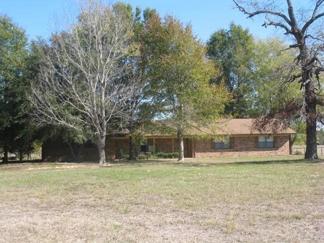 157 County Road 2391, Pickton, TX 75471