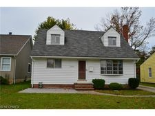 1306 Orchard Heights Dr, Mayfield Heights, OH 44124