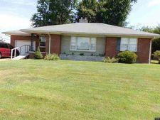 1309 S Sunswept Dr, Union City, TN 38261