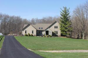 6930 Cook Rd, Powell, OH 43065