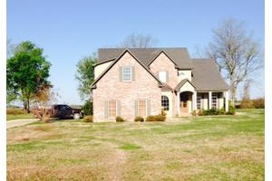 22 S Point Dr, LELAND, MS 38756