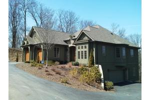 272 Daingerfield Dr, Blowing Rock, NC 28605