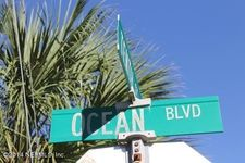 901 Ocean Blvd Apt 31, Atlantic Beach, FL 32233